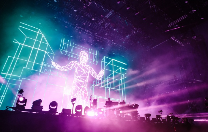 CHEMICAL-BROTHERS-ANDREW-WHITTON-NME-GLASTO19-7705-WEB